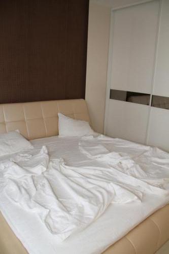 Спальня в квартире на Донецкой